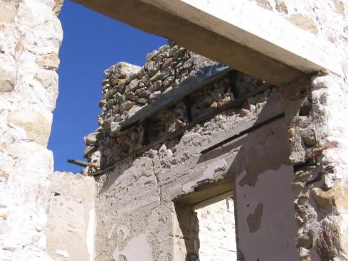 DETALLES DE CONSTRUCCION