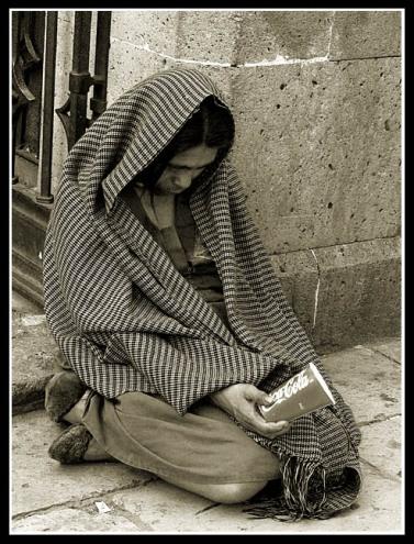 17la_pobreza-coca_cola.jpg